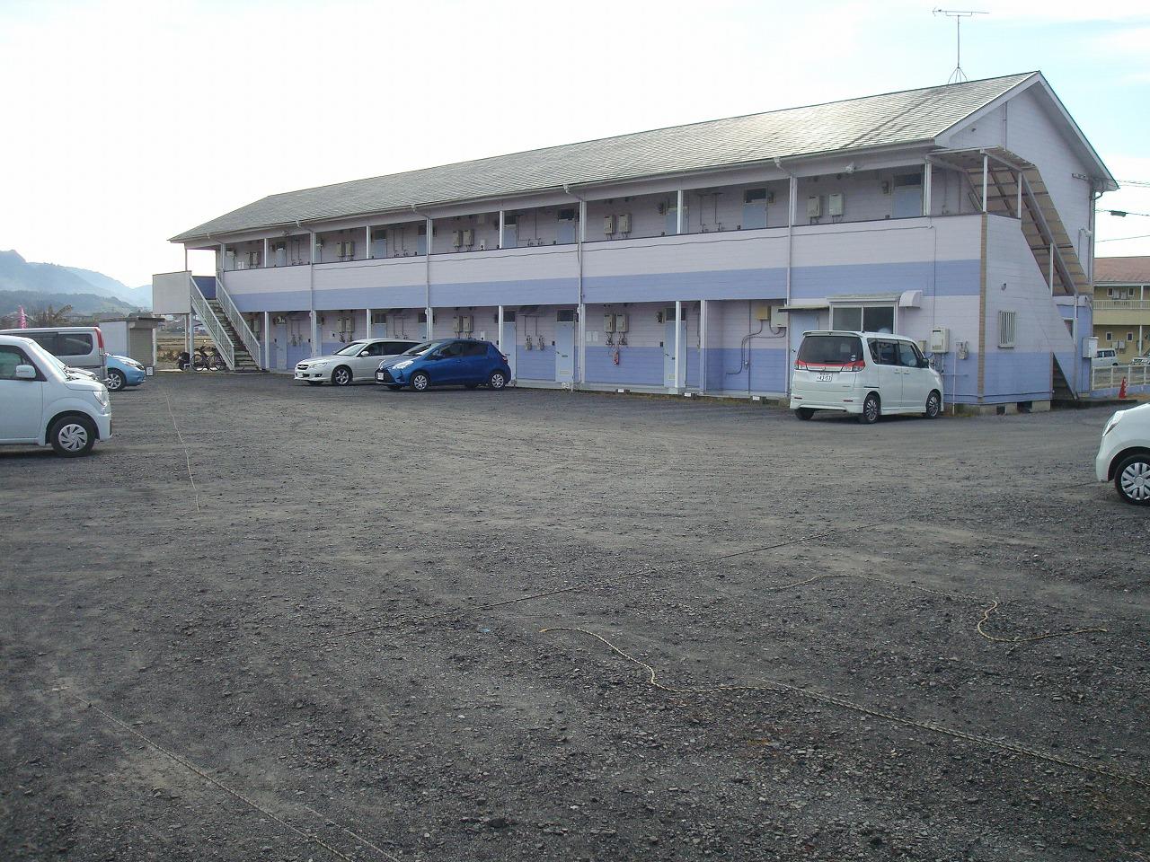 広々駐車場 駐車楽々!